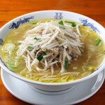 中華麺キッチン まくり - もやしと豚肉