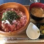 カフェロッジ タッチウッド - 料理写真:和牛トロどんぶり(1,200円9