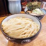 麺屋 もり田 - 料理写真:つけ麺大盛り トッピング全部入り