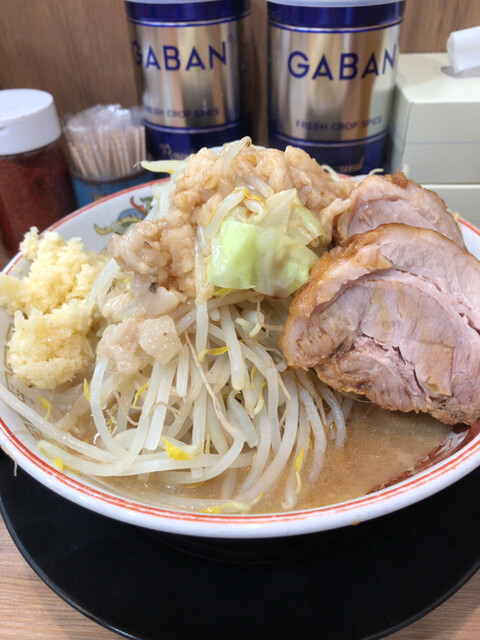 ラーメン豚山 大船店