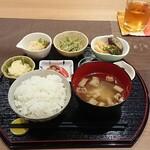 カフェ キッチン ほしおき -
