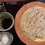 そば処 麓 - ⚫︎ざるそば 白葱派にはうれしい♡山葵も粗削りで美味しいですヽ(´▽`)/