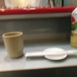 立喰 さくら寿司 - カウンター席