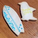 シフォンケーキ ムムス - アイシングクッキー(サーフボード&ペンギン)③