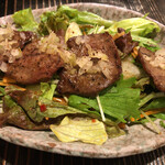 TANCA - 網焼き牛タンのサラダ