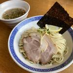 麵屋春馬 - 煮干しつけ麺