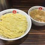 ラーメン人生JET - 鶏煮込みつけ麺(900円)