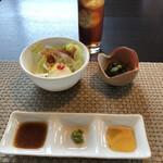 和 - サラダと小鉢