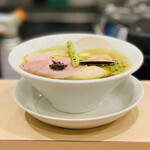 麦と麺助 - 料理写真:ラーメン