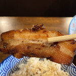 自家製麺カミカゼ - 炙られたチャーシュー