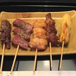 京の焼肉処 弘  - おまかせ5本盛り(980円)