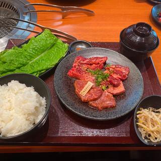 焼肉特急プレミアム アクロスブラザ八尾駅