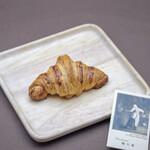 穂の香 - 料理写真:クロワッサン(180円)