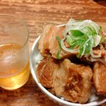 麺 酒 やまの - トロ豚丼350円 ご飯はタレ無し。混ぜ蕎麦の為のご飯