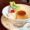 チェリー - 料理写真:手作りカスタードプリン(税込500円)