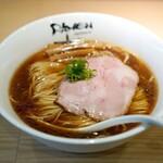 Ramen にじゅうぶんのいち - 料理写真:醤油