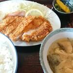 長妻食堂 - 料理写真:豚カツ定食