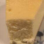 カフェ・トロワバグ - チーズケーキの断面