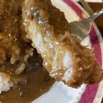 ポム・ド・テール - 料理写真:ボリューミーなカツです(^-^)