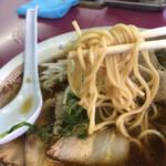 豚菜館 - 中太?ストレート麺