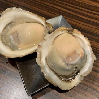 プチッとはじける一口岩牡蠣を