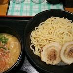 裏きせき - 料理写真:海老つけ麺