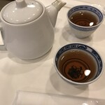神戸元町別館牡丹園 - 最初に来るお茶