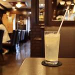 コーヒーハウスケニア - 生レモンスカッシュ