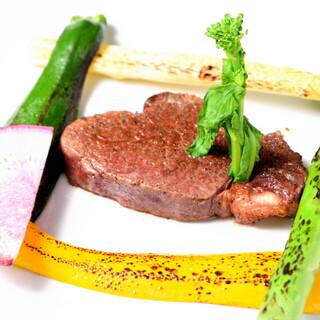 おすすめ!国産牛ヒレのステーキシャリアピンソース