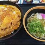 資さんうどん - カツとじ丼(みそ汁をミニうどんにアップグレード)