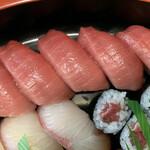 ん寿司 - 「中とろ」がとても美味しかったです♫