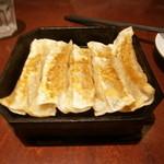 13443868 - 鉄鍋棒餃子
