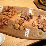 地鶏専門店 彩鶏どり - 焼き盛り5種