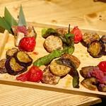 地鶏専門店 彩鶏どり - 焼き野菜5種