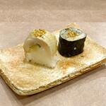 134433933 - 小肌の海苔巻きと小鯛の棒寿司