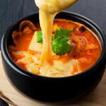 焼肉チャンピオン - とろ~りチーズ スンドゥブチゲ