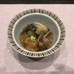 みやまダイニング畔 - 煮物:鴨活部煮 貝柱湯葉揚 蕨信田 小茄子