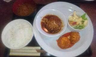 洋食家ロンシャン - バーコロ定食