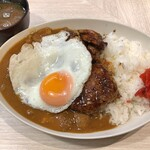 トンテキ食堂8 - カレーライス + 目玉焼き + ミニバーグ + ミニトンテキ
