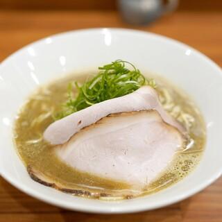 中華そば 西川 - 料理写真:中華そば830円