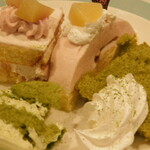 ビタースイーツ・ビュッフェ - スイーツ食べ放題(八女抹茶ティラミス,八女抹茶クリームシフォン、ピーチショートケーキ、ダブルベリー)