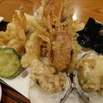 134482061 - 天ぷら定食の天ぷら部分アップ。