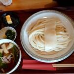 134495525 - 肉汁付けうどん並(税込880円)