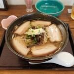 Subadokoro ajigukuru - 三枚肉そば