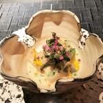 Restaurant l'equateur - 黒鮑とイカ、大和芋、白味噌