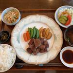 ペッパーミル - 料理写真:サイコロステーキ(¥1650)