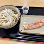 134503813 - ぶっかけうどん中(税込¥400-)                       カニカマ天(税込¥200-)