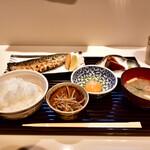 和食とお酒 きいろ - トロサバ塩焼 定食@1,200円