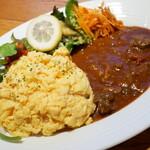 プランド シトロン - 欧風牛肉のオムハヤシライス