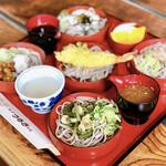 越前 つるきそば - 料理写真:好味そば(税込1630円)。